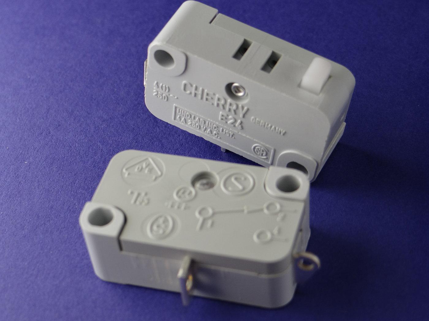 Micro-Taster-Cherry-Schliesser-4A-125-250V-10-Stueck-K1188